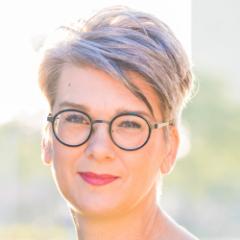 Alexandra van der Lee