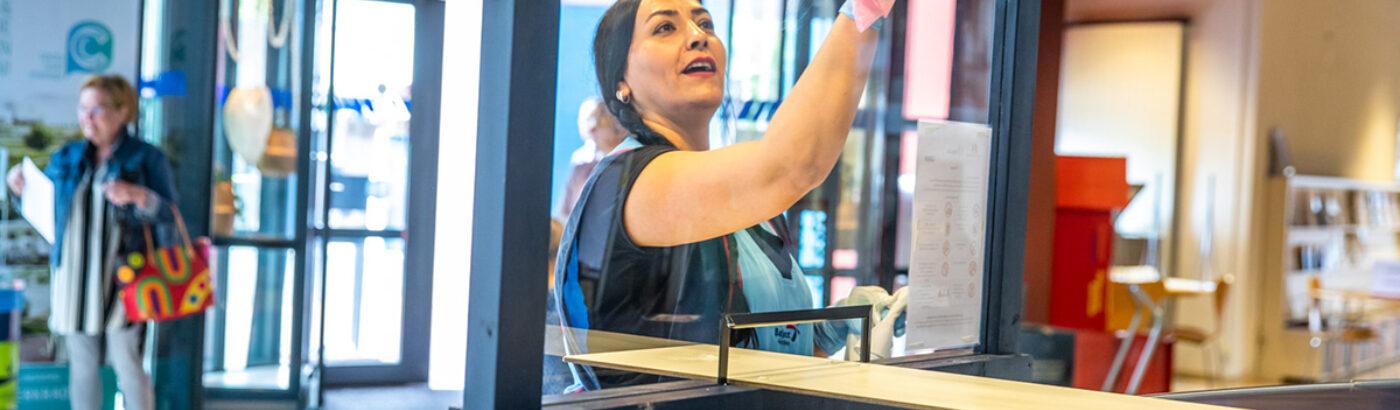 AO corona schoonmaken glas 1200